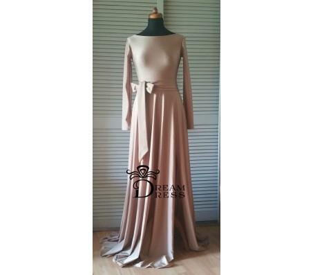 Ilga suknelė ADORIA cappuccino su rankovėmis